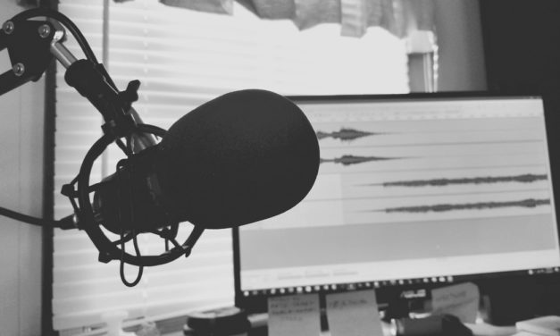 5 Best Podcast Microphones in 2021: For Both Beginners and Pros